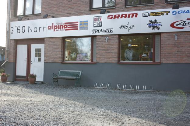 Aluminium skyltar 3´60 Norr Skiduthyrning, butik och verkstad